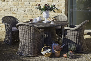 What's The Difference Between Wicker And Rattan?