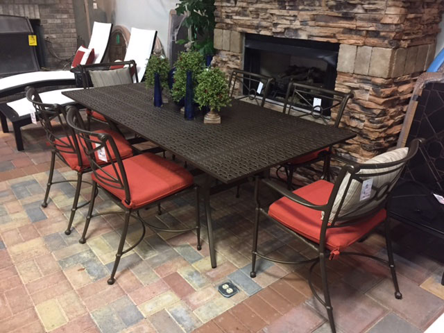 Windsor Dining Table Set