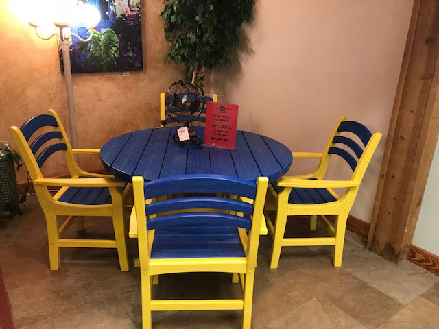 Breezesta 5pc. Dining Set